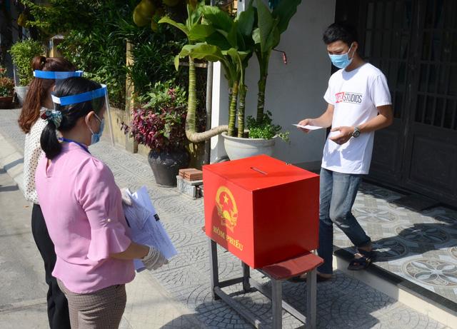 Đà Nẵng chủ động các phương án đảm bảo an toàn phòng, chống dịch trong quá trình bầu cử - Ảnh 5.