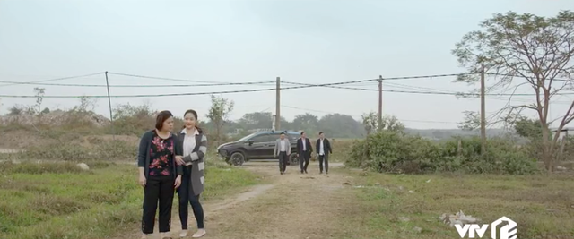 Mùa hoa tìm lại - Tập 4: Lệ (Thanh Hương) giả vờ đầu tư mua đất hòng gài bẫy vợ chồng chú thím - Ảnh 6.