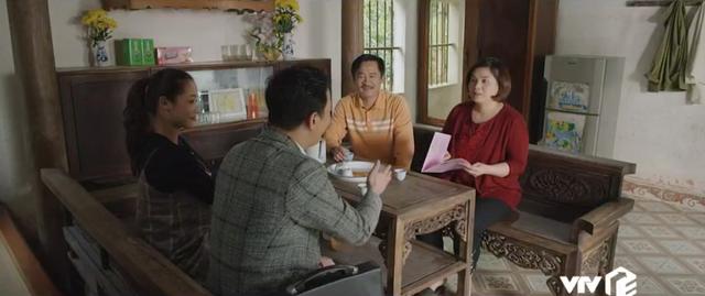 Mùa hoa tìm lại - Tập 4: Lệ (Thanh Hương) giả vờ đầu tư mua đất hòng gài bẫy vợ chồng chú thím - Ảnh 12.