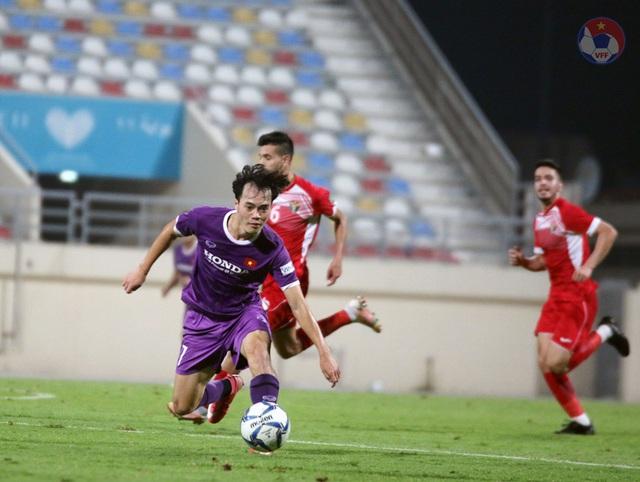 ĐT Việt Nam và ĐT Jordan bất phân thắng bại trong trận giao hữu tại UAE - Ảnh 2.