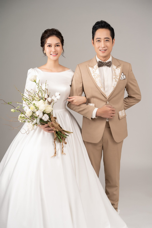 Mùa hoa tìm lại: Ngắm bộ ảnh cực đẹp đôi của tiểu thư Hương Giang và chạn vương Mạnh Hưng - Ảnh 3.