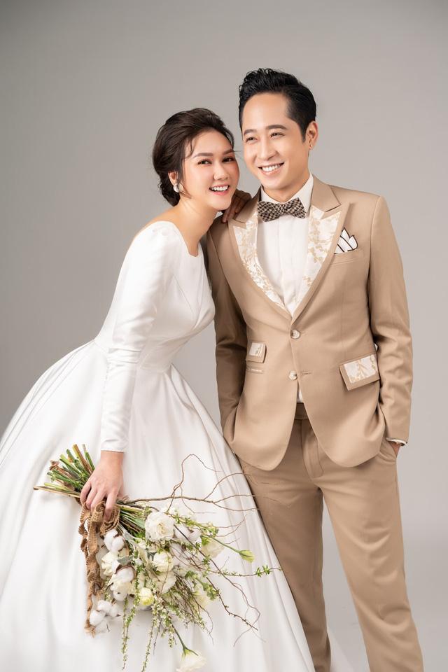 Mùa hoa tìm lại: Ngắm bộ ảnh cực đẹp đôi của tiểu thư Hương Giang và chạn vương Mạnh Hưng - Ảnh 5.