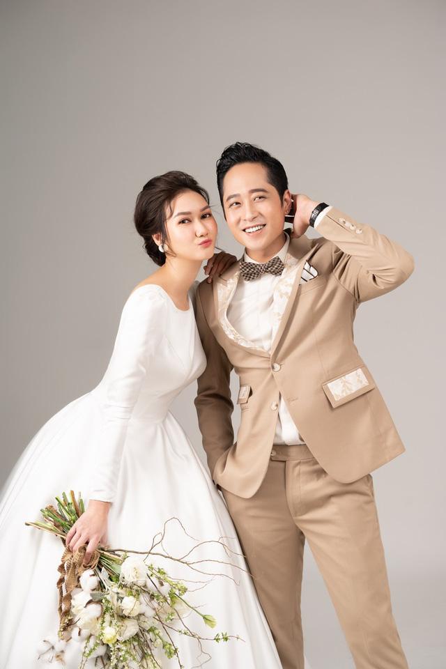 Mùa hoa tìm lại: Ngắm bộ ảnh cực đẹp đôi của tiểu thư Hương Giang và chạn vương Mạnh Hưng - Ảnh 7.