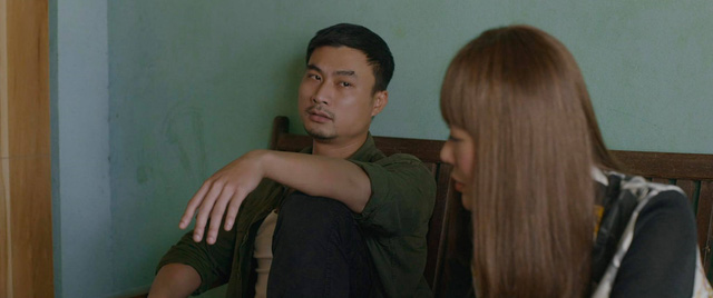 Mùa hoa tìm lại - Tập 8: Lệ vừa hôn Việt thẹn thùng lại bắn tim ngay cho Đồng - Ảnh 1.