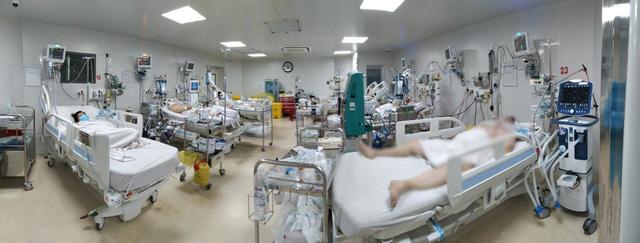 Tình hình điều trị 14 bệnh nhân COVID-19 nặng tại TP. Hồ Chí Minh - Ảnh 1.
