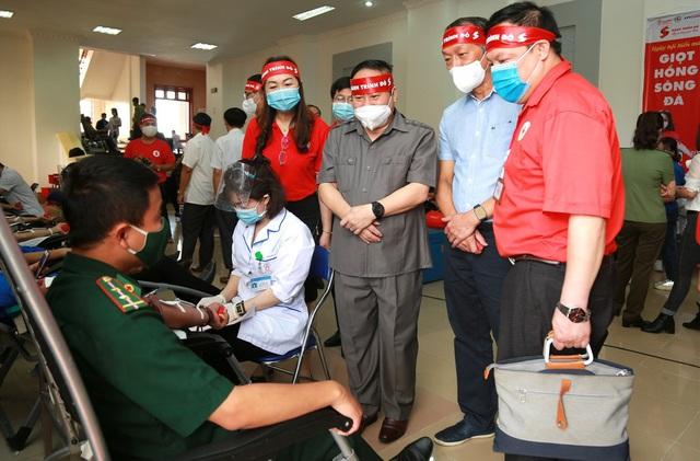 Hành trình Đỏ 2021 khởi đầu thắng lợi với 1.402 đơn vị máu tiếp nhận tại Lai Châu - Ảnh 3.