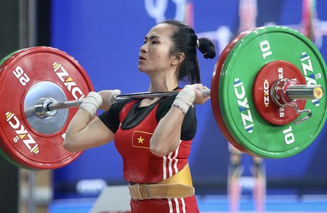 Cử tạ Việt Nam giành 3 vé đến Olympic Tokyo - Ảnh 2.
