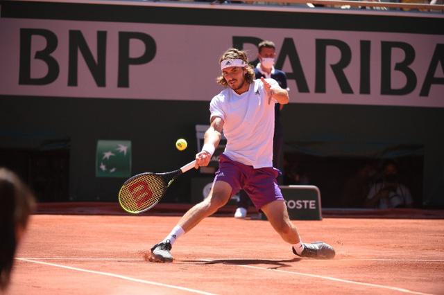 Ngược dòng ngoạn mục trước Tsitsipas, Djokovic vô địch Pháp mở rộng 2021 - Ảnh 3.
