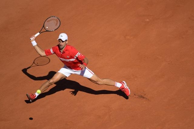 Ngược dòng ngoạn mục trước Tsitsipas, Djokovic vô địch Pháp mở rộng 2021 - Ảnh 2.
