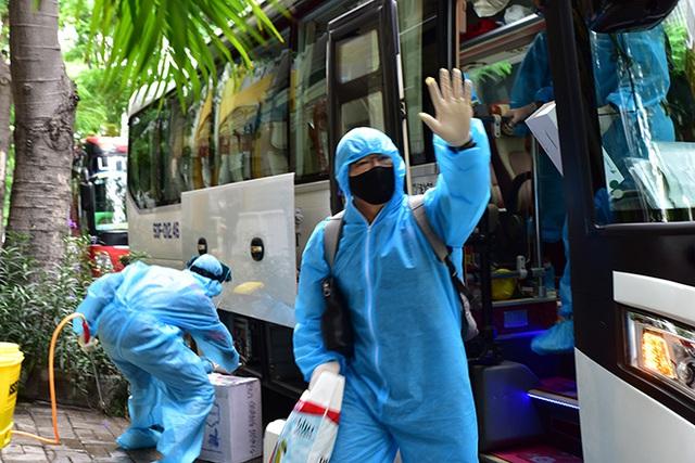 ĐT Việt Nam âm tính lần 1 với virus SARS-CoV-2 - Ảnh 2.