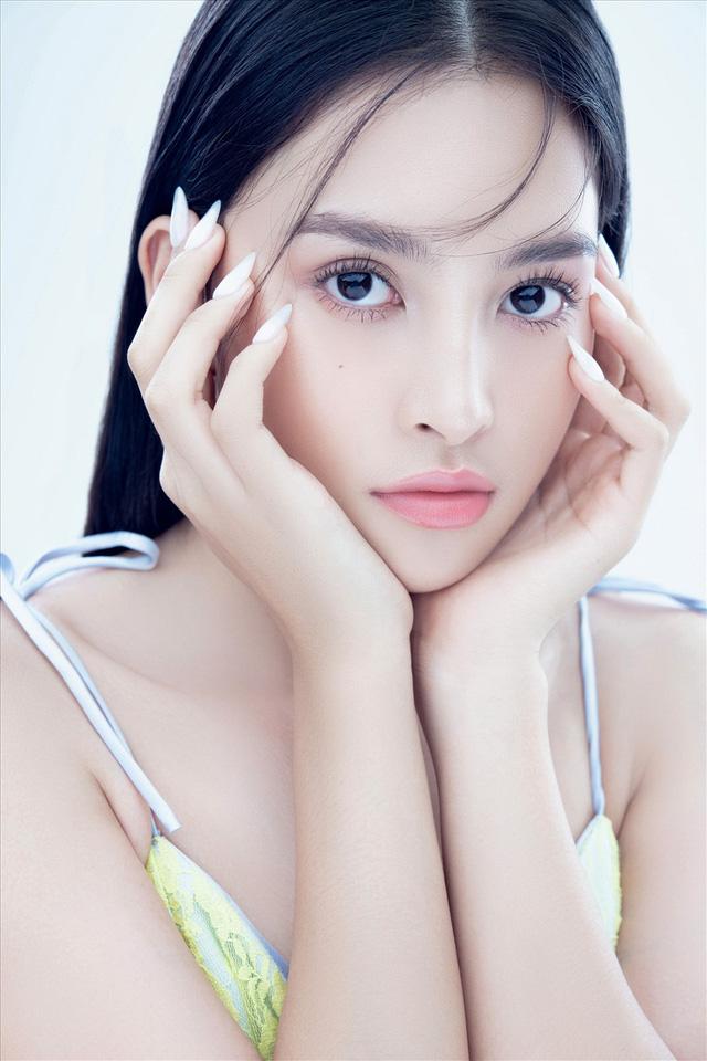Vẻ đẹp trong veo của Hoa hậu Tiểu Vy - Ảnh 6.