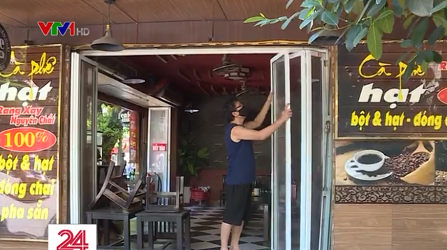 Nhà hàng, quán cà phê ở Hà Nội thấp thỏm chờ ngày bán hàng trở lại - Ảnh 1.