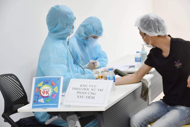 Khởi động chiến dịch tiêm chủng 836.000 liều vaccine tại TP. Hồ Chí Minh - Ảnh 8.