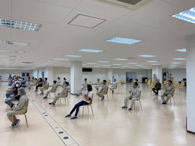 Khởi động chiến dịch tiêm chủng 836.000 liều vaccine tại TP. Hồ Chí Minh - Ảnh 3.