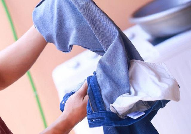 7 thói quen sai lầm khi giặt đồ mà hầu hết chúng ta đều mắc phải - Ảnh 5.