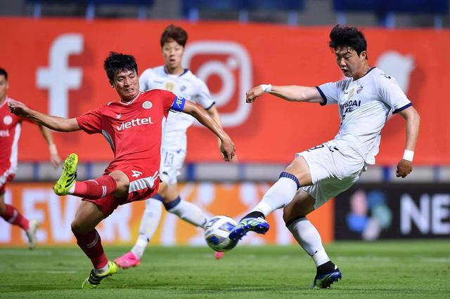 CLB Viettel mất điểm đầy tiếc nuối trong trận ra quân tại AFC Champions League 2021 - Ảnh 1.