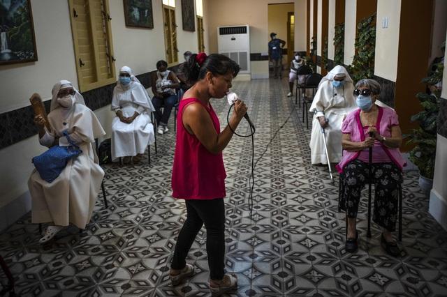 Cuba mở rộng thử nghiệm lâm sàng vaccine COVID-19 với trẻ em và thanh niên - Ảnh 2.