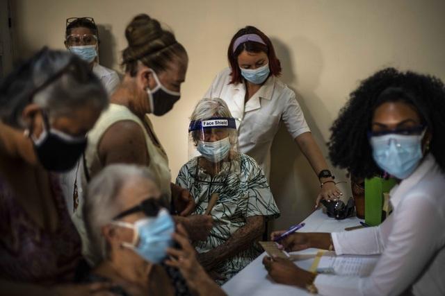 Cuba mở rộng thử nghiệm lâm sàng vaccine COVID-19 với trẻ em và thanh niên - Ảnh 1.