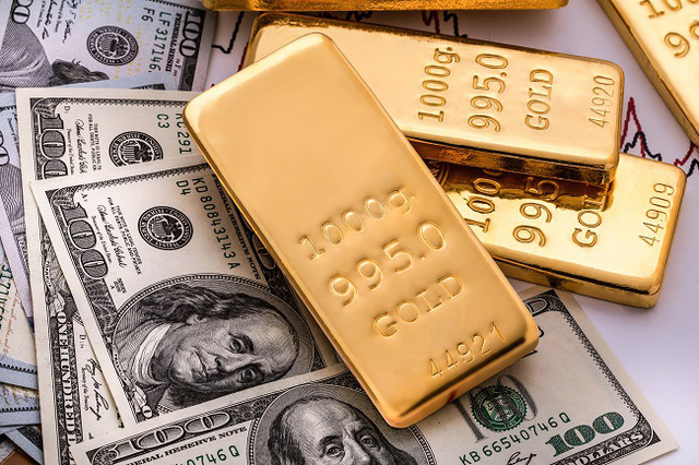 Giá vàng lao dốc, rời xa mốc 57 triệu đồng/lượng - Ảnh 1.