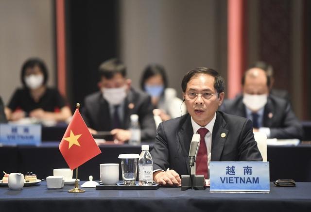 Trung Quốc khẳng định tiếp tục đẩy mạnh cung cấp vaccine ngừa COVID-19 cho các nước ASEAN - Ảnh 3.