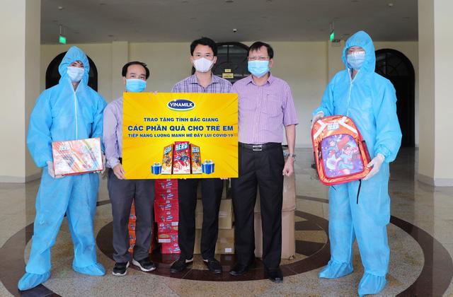 Vinamilk chung tay cùng Chính phủ, góp quỹ vaccine phòng COVID-19 - Ảnh 3.