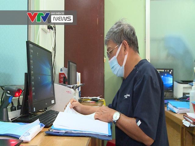 Cảm phục sức mạnh kiên cường của các bác sĩ BV Bệnh Nhiệt đới TP Hồ Chí Minh trước dịch COVID-19 - Ảnh 3.