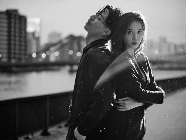 Lâm Chí Linh tung bộ ảnh ấn tượng với chồng mừng 2 năm ngày cưới - Ảnh 3.