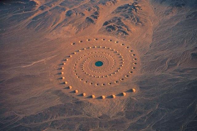 6 thứ kỳ lạ nhất từng được tìm thấy tại sa mạc - ảnh 2