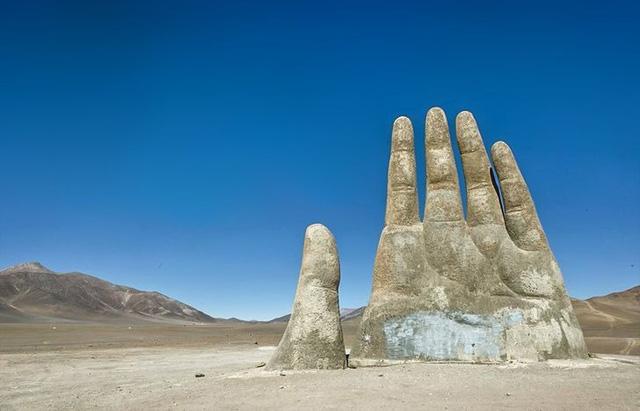 6 thứ kỳ lạ nhất từng được tìm thấy tại sa mạc - ảnh 3