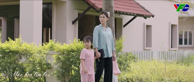 Mùa hoa tìm lại - Tập 22: Bé Ngân gặp nguy hiểm khi băng qua đường khi gặp bố Đồng? - ảnh 5