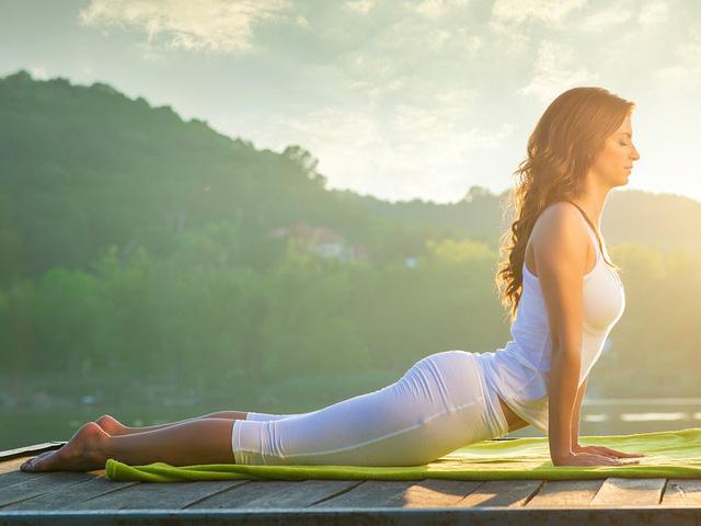 Những điều cần lưu ý khi tập thể dục ngoài trời trong thời tiết nắng nóng - Ảnh 2.