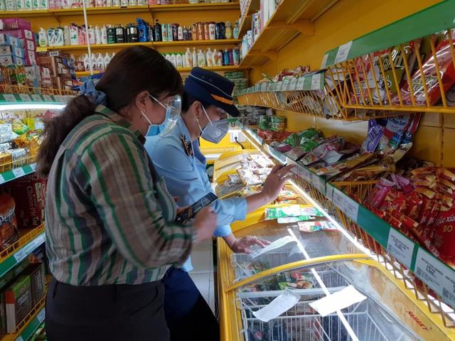 Lập biên bản 1 cửa hàng Bách Hoá Xanh bán hàng cao hơn giá niêm yết - Ảnh 1.