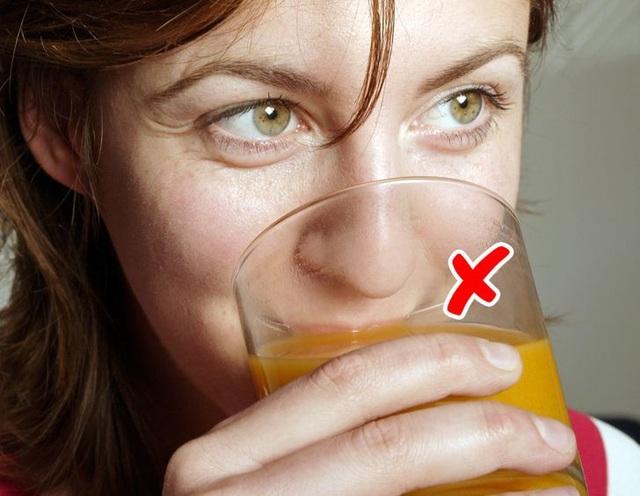 7 điều nguy hiểm cần tránh khi da của bạn bị cháy nắng - Ảnh 7.