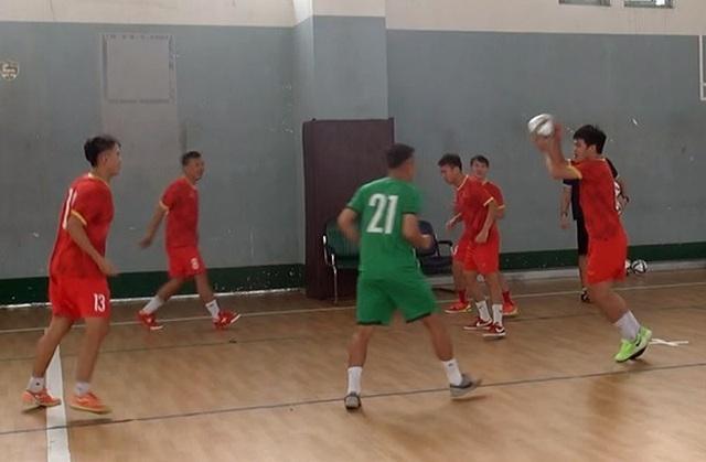 ĐT Futsal Việt Nam tập buổi đầu tiên tại Trung tâm HLTTQG TP.HCM - Ảnh 1.