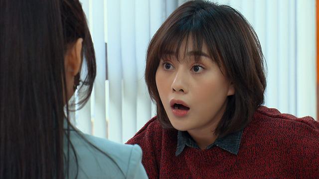 Loạt áo len, trang phục lỗi mốt dìm dáng của Nam (Phương Oanh) trong Hương vị tình thân - Ảnh 38.