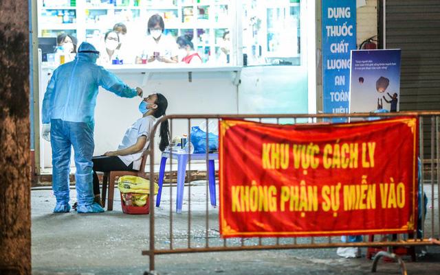 Từ 0h ngày 22/7, Hà Nội cách ly tập trung toàn bộ người về từ các địa phương đang giãn cách xã hội - Ảnh 1.