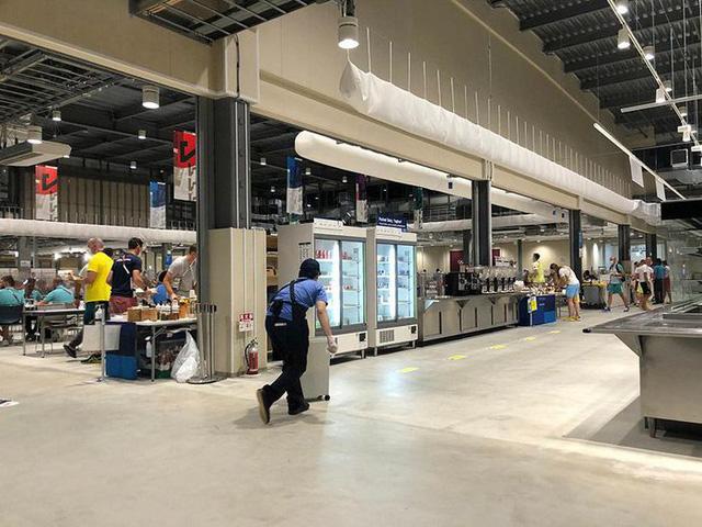 Chùm ảnh: Khu nhà ăn của VĐV Olympic Tokyo 2020 - Ảnh 1.