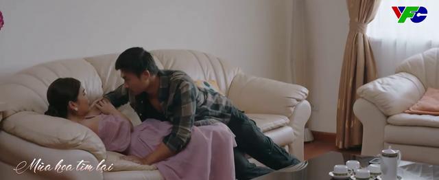 Mùa hoa tìm lại - Tập 26: Bắt gặp cảnh thân mật của vợ chồng Đồng, tim Lệ nhói đau - ảnh 3