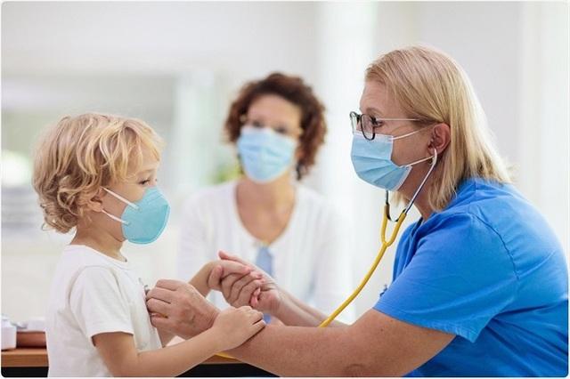 Điều trị hội chứng COVID-19 kéo dài ở trẻ em gặp khó - Ảnh 1.