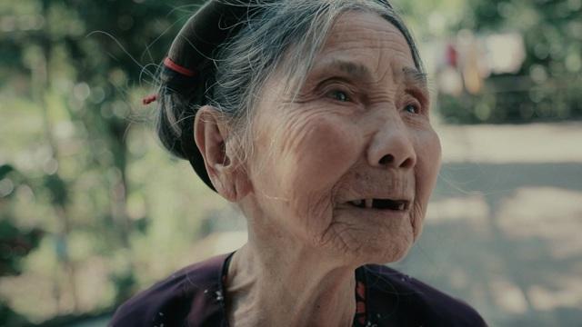 Xem lại loạt phim đẫm nước mắt của đạo diễn VTV Đặc biệt Ranh giới- Tạ Quỳnh Tư - Ảnh 3.