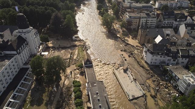 Chuyện nóng tuần qua: Biến thể Delta châm ngòi làn sóng dịch mới, thiên tai càn quét từ châu Á đến châu Âu - Ảnh 4.