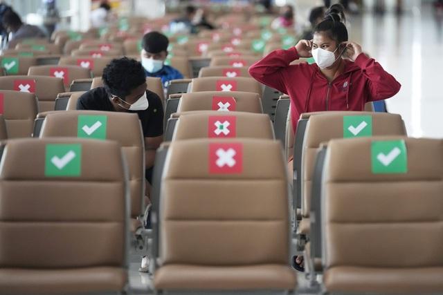 Dịch bệnh tại Đông Nam Á tiếp tục lan rộng, số ca tử vong tại Indonesia lên mức kỷ lục - Ảnh 2.