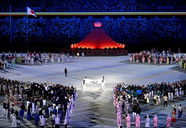 Lễ khai mạc Olympic Tokyo 2020: Giản dị nhưng giàu ý nghĩa! - Ảnh 1.