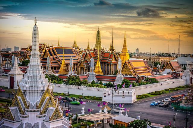 Số ca nhiễm COVID-19 tăng cao, Thái Lan hạn chế du lịch nội địa - ảnh 1