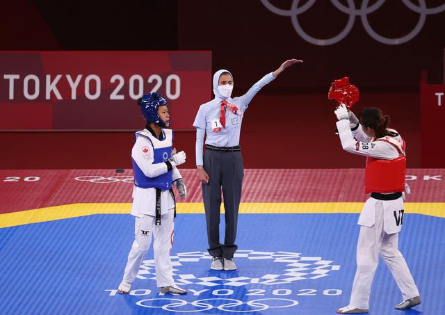 Kim Tuyền thắng đậm, tiến vào tứ kết Taekwondo Olympic Tokyo 2020 - Ảnh 3.
