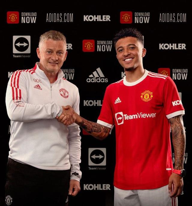 Jadon Sancho chính thức ra mắt Manchester United - Ảnh 1.