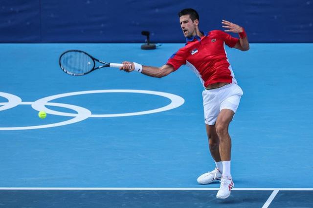 Olympic Tokyo 2020: Novak Djokovic thắng thần tốc trận ra quân - Ảnh 1.