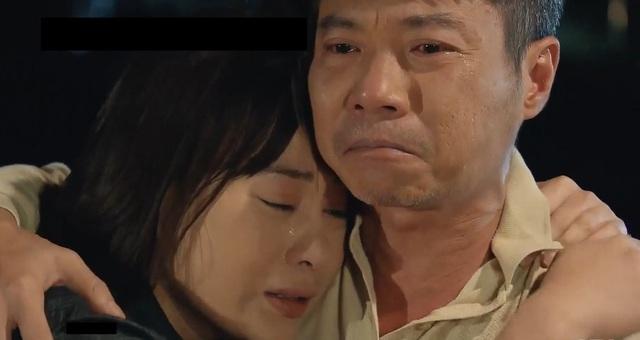 Hương vị tình thân: Phân đoạn xuất thần của bộ 3 diễn viên khiến khán giả khóc như mưa - Ảnh 1.