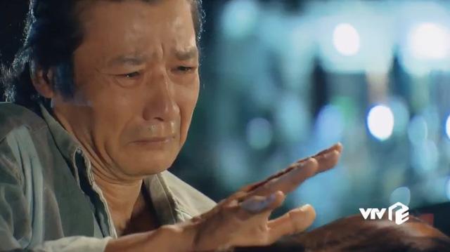 Hương vị tình thân: Phân đoạn xuất thần của bộ 3 diễn viên khiến khán giả khóc như mưa - Ảnh 3.
