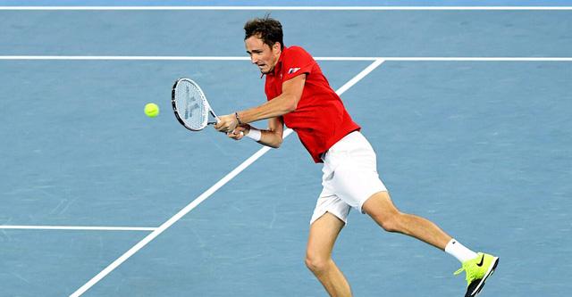 Olympic Tokyo 2020: Medvedev thắng nhọc Alexander Bublik - Ảnh 1.